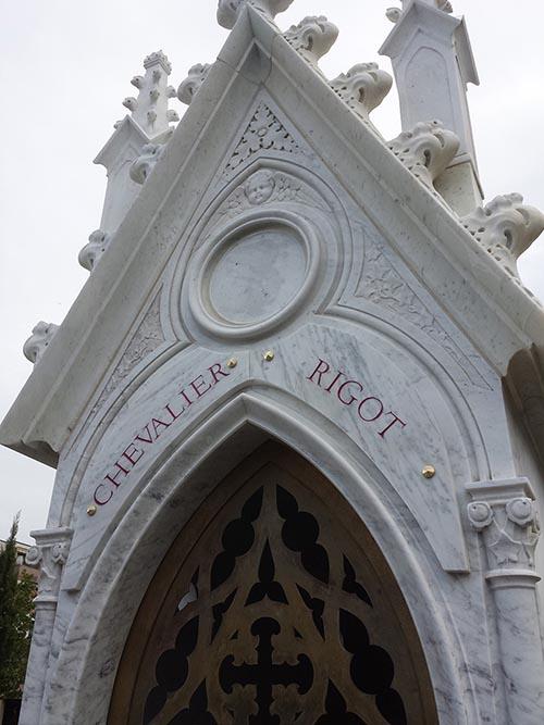 Tout le monument est restauré